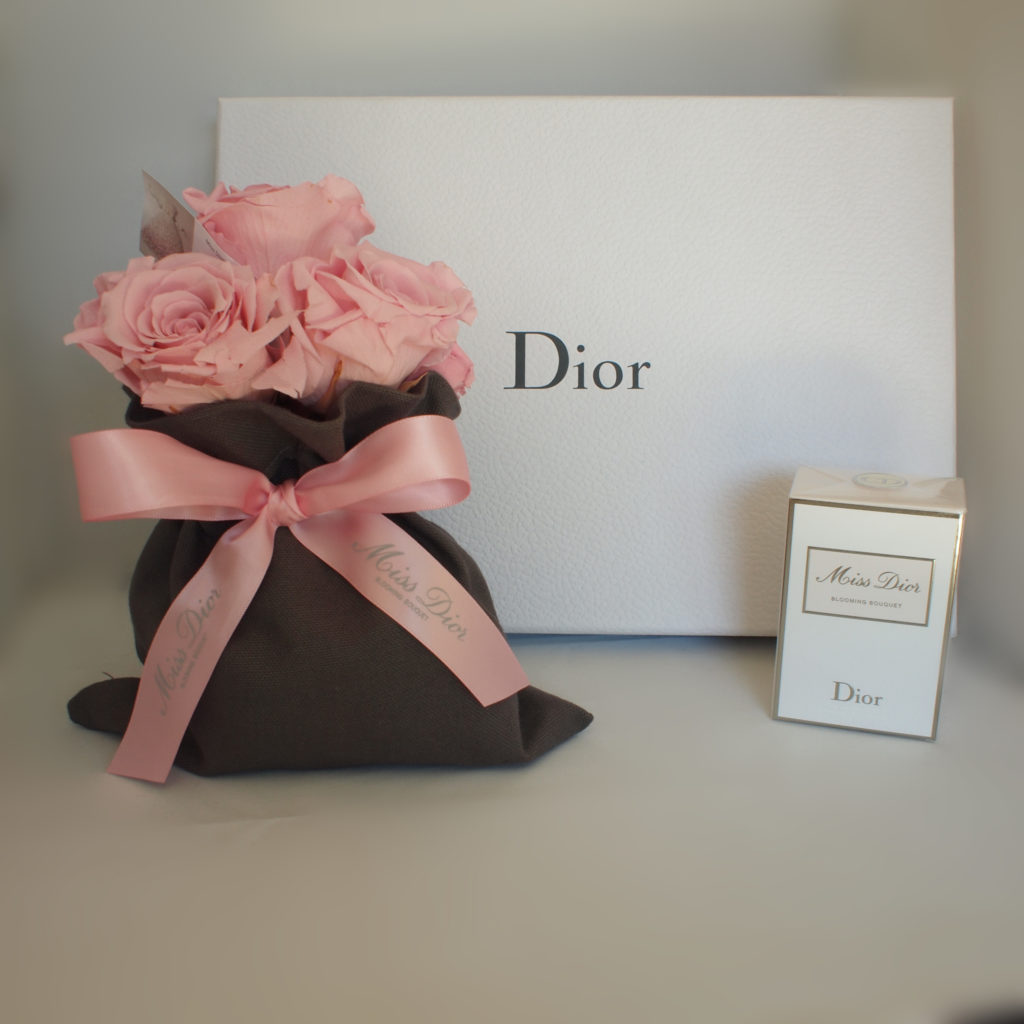 Incentive Dior - Bouquet de rose ruban satin - Miss Dior